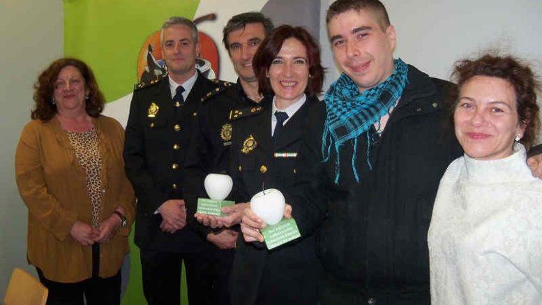 Los Premios Buen Hacer en Consumo recayeron en 2019 en la Policía Nacional y el rapero Dryak.